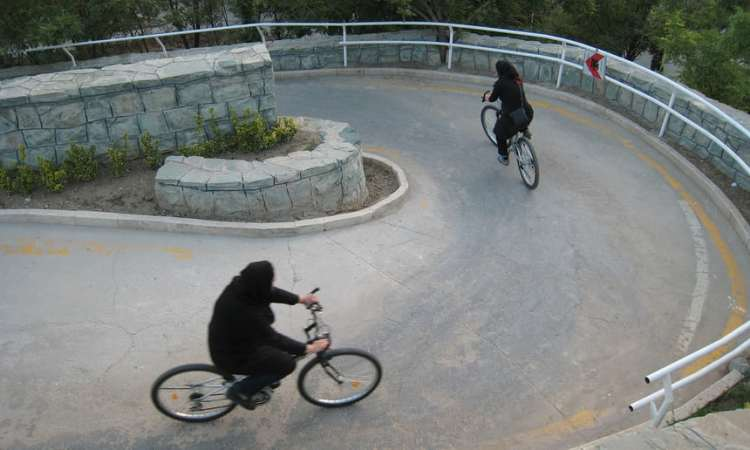 iranianas_bike