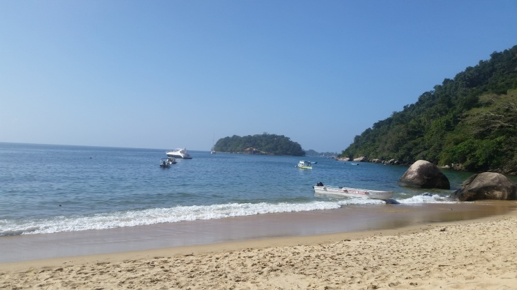 praia vermelha_Paraty